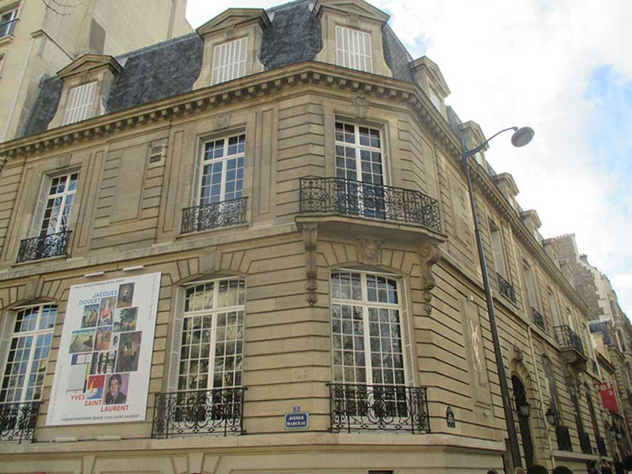 Fondation-YSL-ParThomon-Wikimedia-Commons