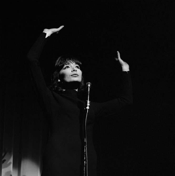 Juliette Greco, théâtre de l'ABC, février 1962 © Claude Poirier / Roger-Viollet