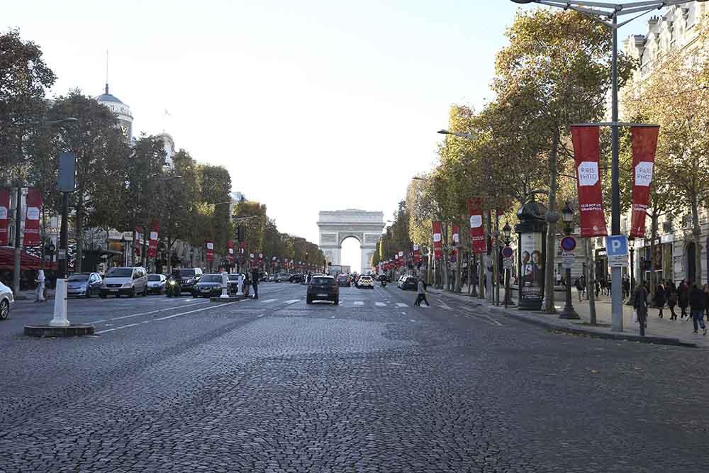 Magasins Fermés©Comité-des-Champs-Elysées - 15/11/2015