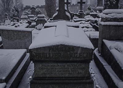 Cimetière des Lilas enneigé 5 par J. Barret