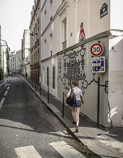 fresque rue des Cascades par J Barret