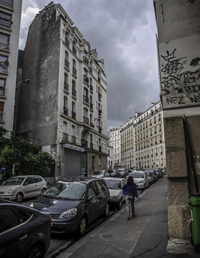 le haut de la rue de Couronnes par J Barret