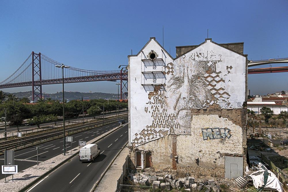 Vhils, 2014, Lisbon Portugal par Alexander Silva
