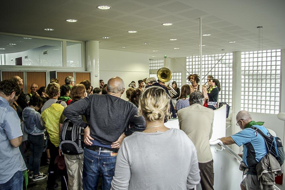 fin de rando avec le Pikolo Brass Band ©J.Barret