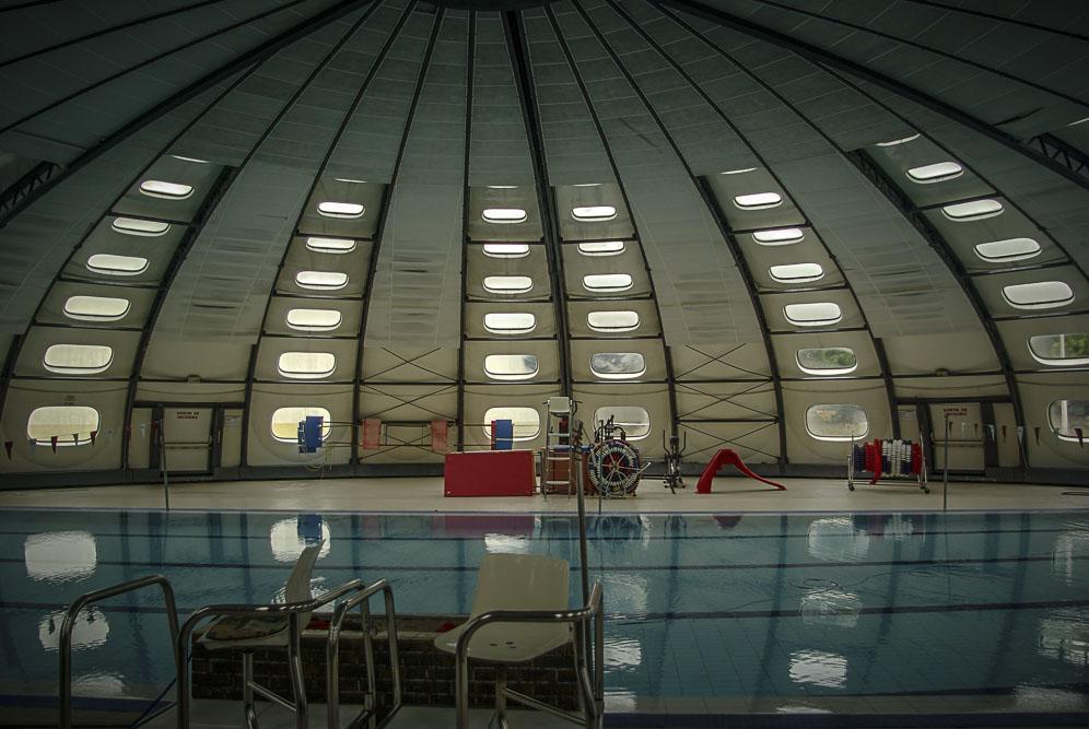 intérieur de la piscine Tournesol aux Lilas ©J.Barret