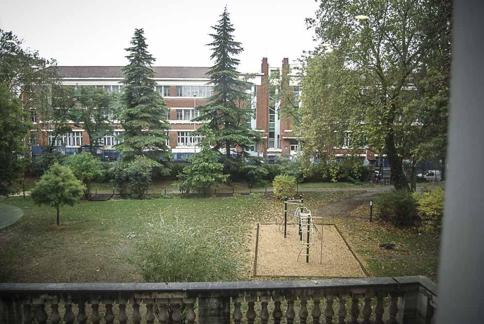 vue sur le parc depuis le château de Bagnolet ©J.Barret