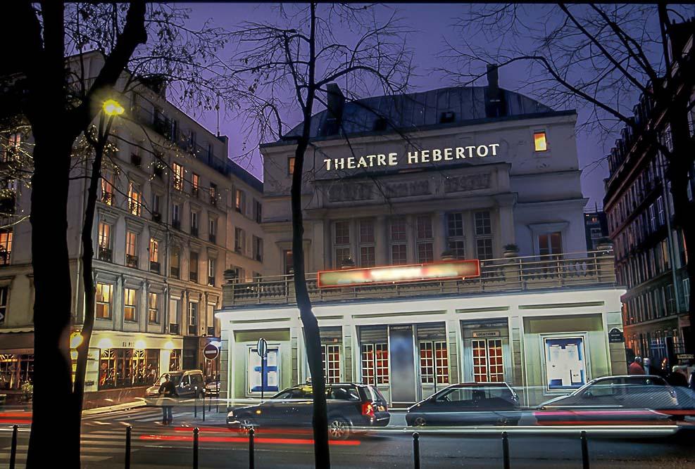 Le théâtre Hébertot au crépuscule @Philippe Muraro