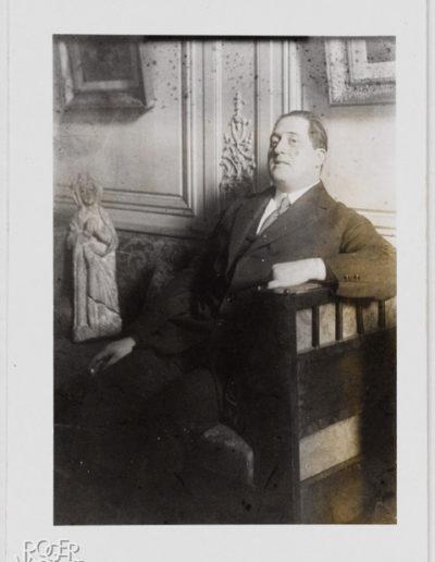 Guillaume Apollinaire aux Soirées de Paris. Contretype. 1913 © BHVP Roger-Viollet