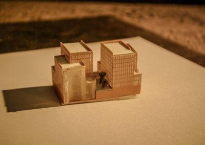 Miniature des frigos arrachée par JP Réti d'une maquette de la SEMAPA représentant la future Zac rive gauche par J.Barret