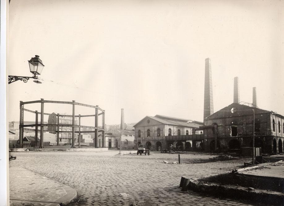L'usine de gaz vers 1900, aujourd'hui square Saint-Lambert ©SHA15