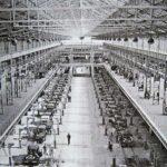 Chaîne de la Rosalie 8CV, dans le hall Javel de l'usine Citroën, 1933 ©SHA15