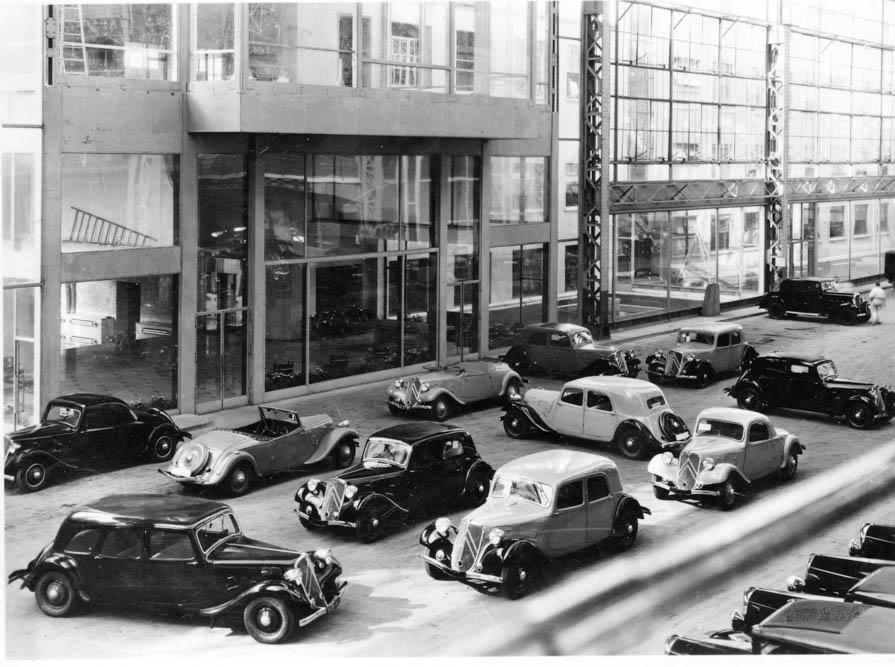 Usine Citroën, hall Javel vers 1937 ©SHA15