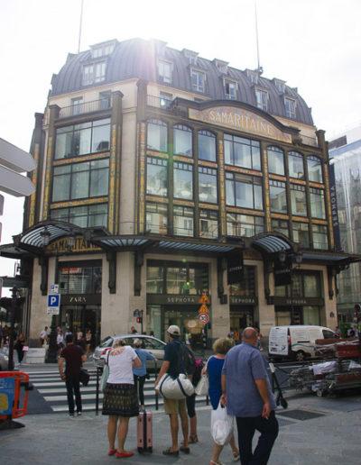 Le même bâtiment photographié en août 2019, dont la façade a été revue par Jourdain en1912 © Julien Barret