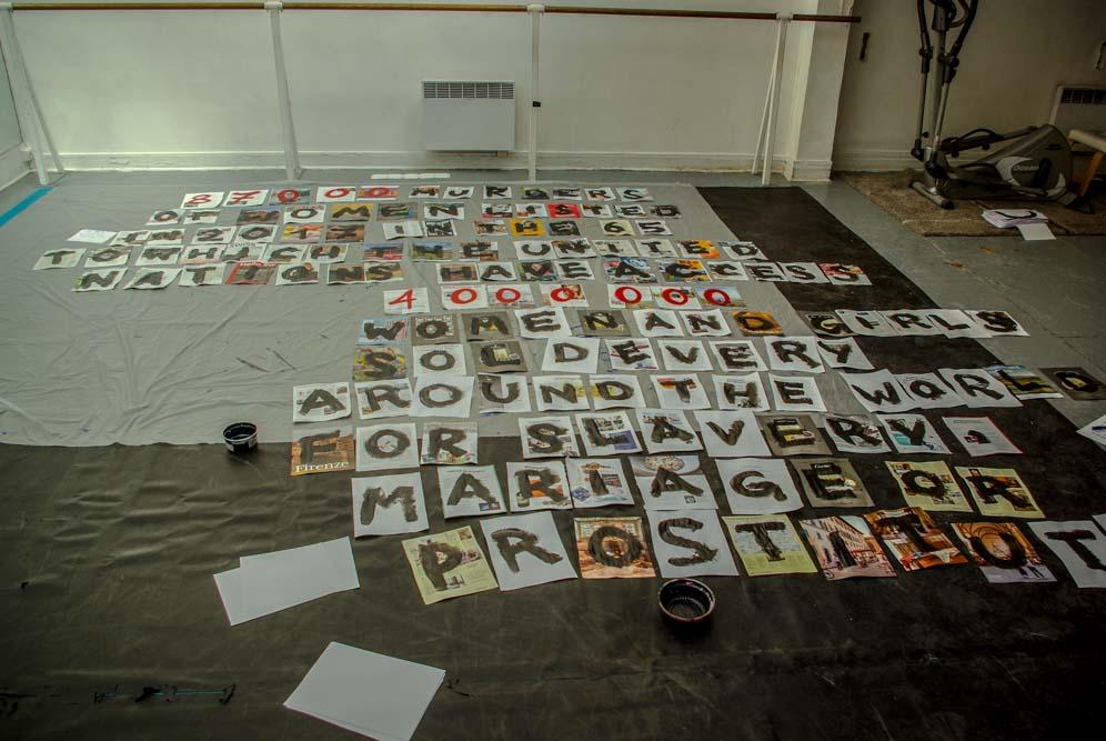 Collage en préparation de Lady K dans l'ancienne salle de danse du squat @J.Barret