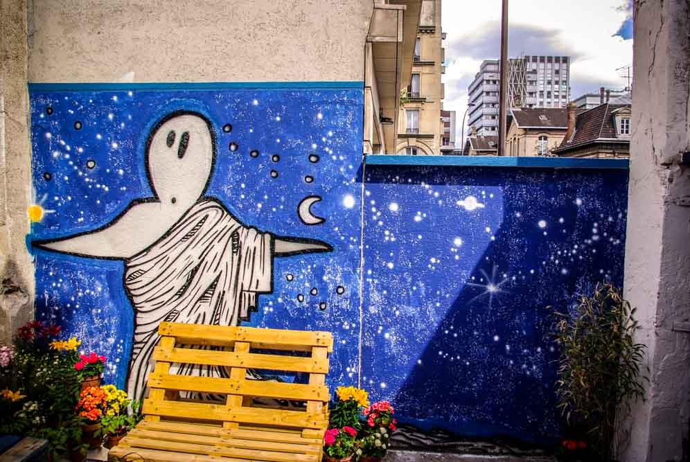 Fresque de Adès dans la cour intérieure du squat @J.Barret