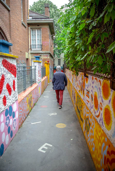 Dans le passage reliant la rue de la Bidassoa à la rue Sorbier @J.Barret