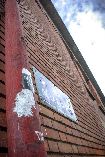 Façade en briques rouges du lycée Martin Nadaud par J. Barret