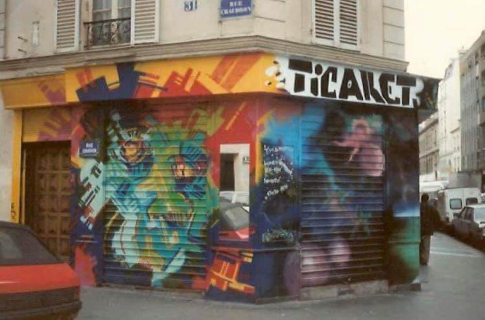 Le rideau de fer de Ticaret peint par Lokiss @Lokiss