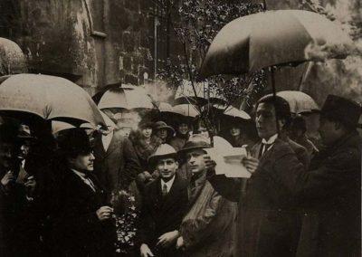 Le Paris surréaliste: entretien avec Henri Béhar