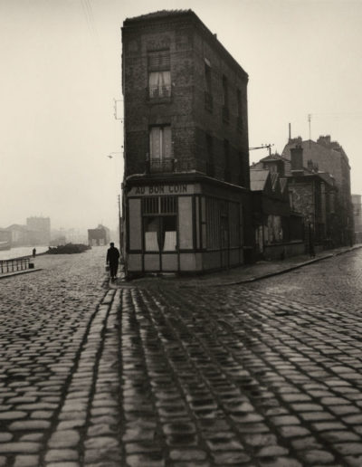 Doisneau, Au Bon Coin, quai du Port, Saint-Denis, 1945
