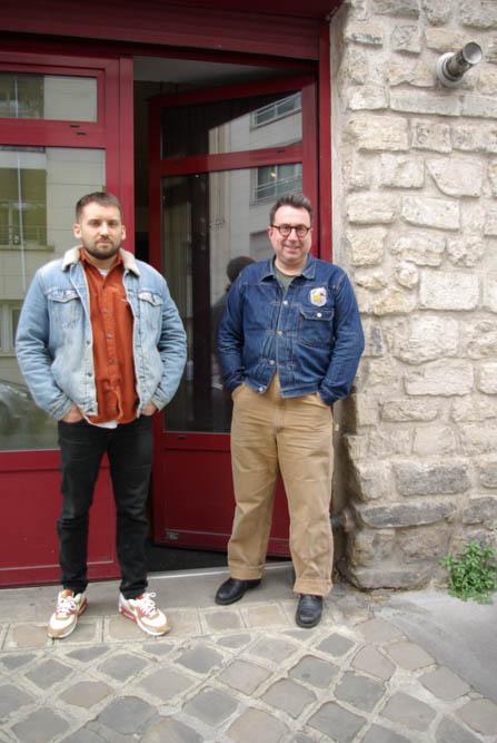Nicolas Pierre et Blaise Arnold devant le studio photo de ce dernier le 30 avril 2021 @J.Barret