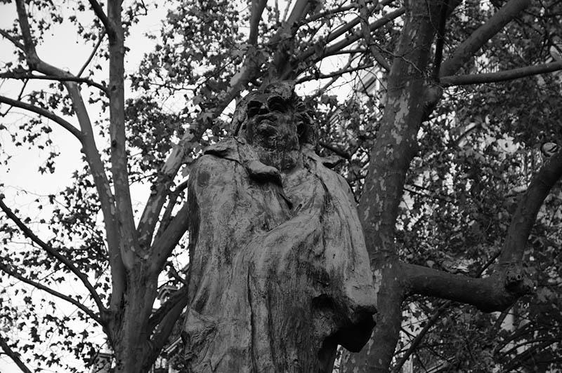 La statue de Balzac par Éric Hazan @La Fabrique