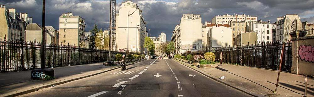 Le pont de la rue Riquet, vu depuis le 18e en direction du 19e arrondissement @J.Barret